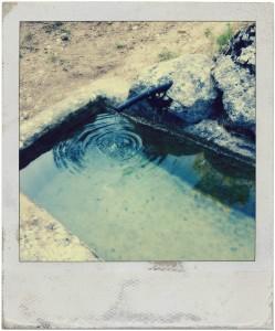 El pilón de agua del desfiladero